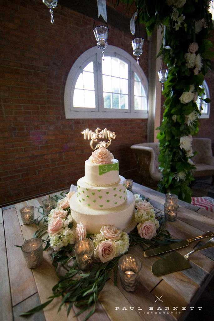 The Brick SD wedding venue, Traditional wedding flowers, indoor reception,
